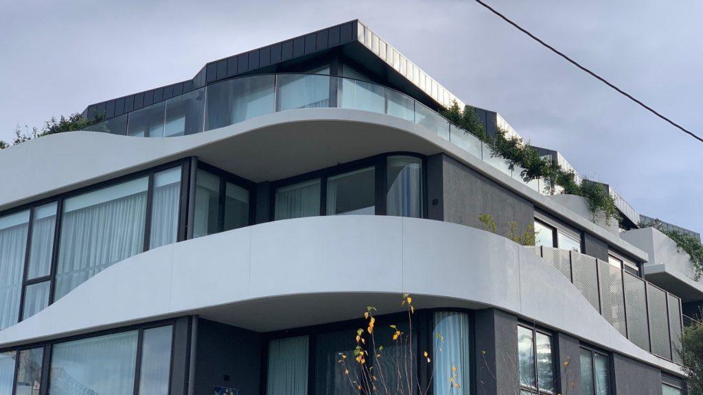 Australian Curved Glass - Residential Armidale 1