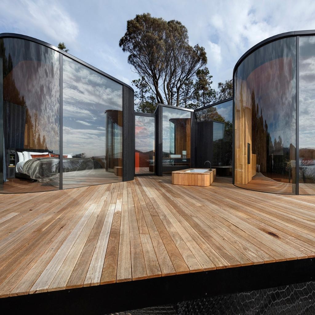 Australian Curved Glass - Freycinet Lodge 1