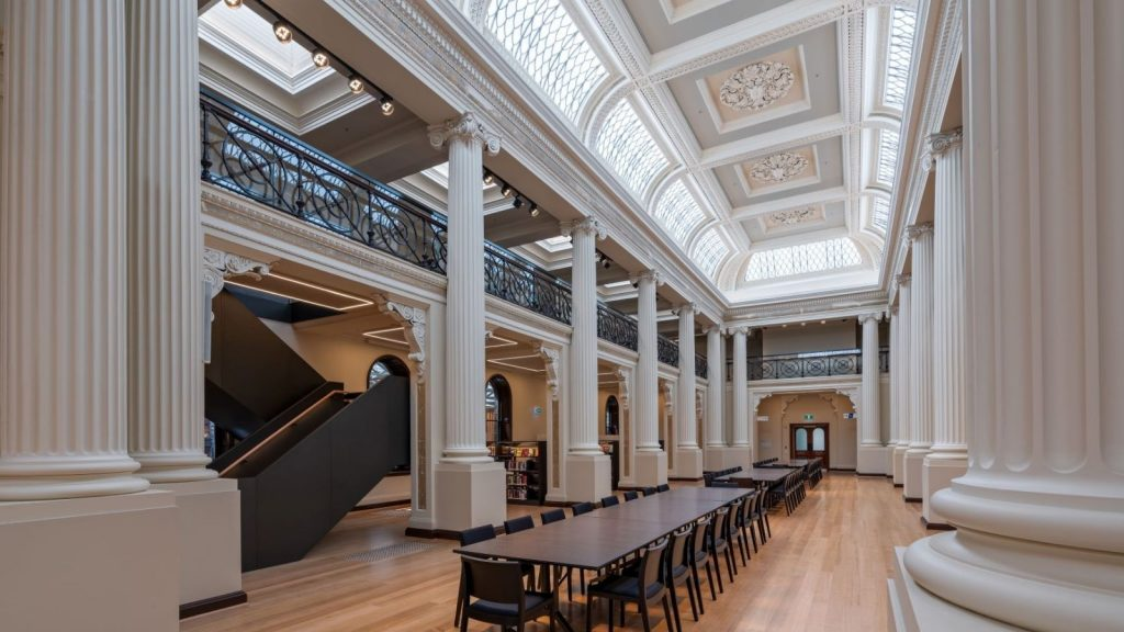 Australian Curved Glass - State Library 1